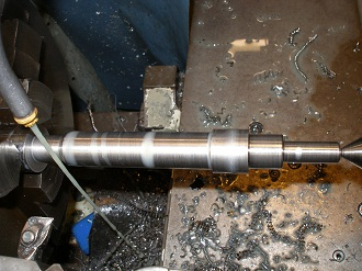 EN24T crank shaft piece, turned in one