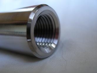Honda RC45 titanium front wheel axle thread