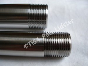 Aprilia RS250 titanium wheel spindle threads