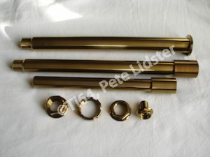 Yamaha R6 gold anodised axle set