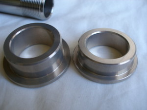 Kawasaki ZXR 7075 alloy swinging arm axle spacers