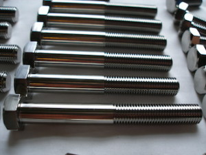 Titanium M14 bolts for a car