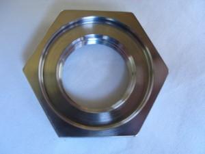 Yamaha R1 titanium sprocket nut undercut