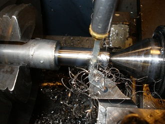 finishing cut to thread diameter