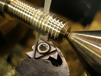 screwcutting thread