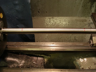 Titanium wheel spindle, marking the deflection