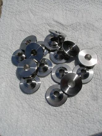 Honda 500/4 titanium valve retainers