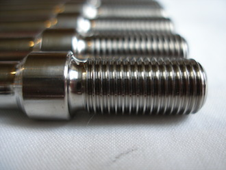 Triumph triple titanium rear wheel studs 3/8 UNF to take a nut