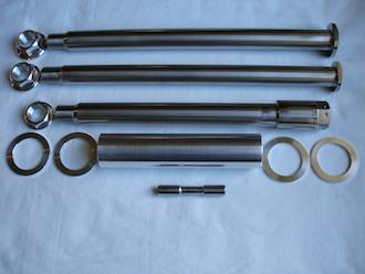 Yamaha TZ titanium axle set