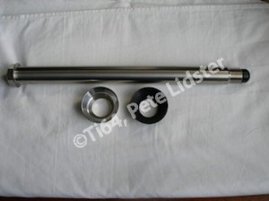 Yamaha R1 titanium QD rear wheel spindle