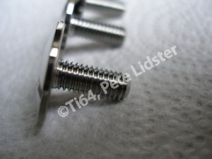Titanium fairing screw thread, M6
