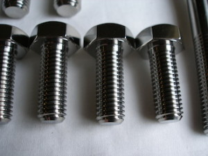 Titanium M10 set screw for a car