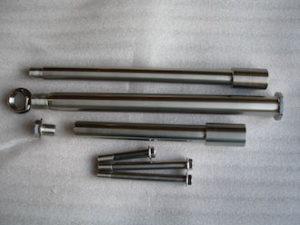 Titanium GSXR axle and suspension set